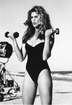holding-cindy-crawford-workout-video1